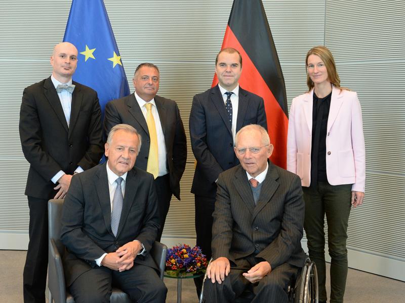 APK besucht Deutschen Bundestag