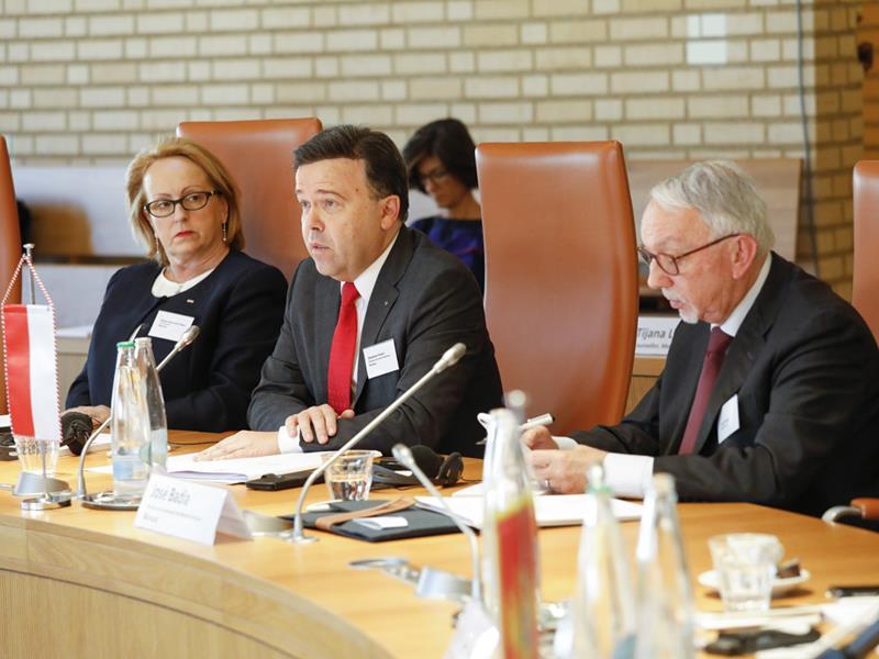 Konferenz der Parlamentspräsidenten der kleinen Staaten Europas